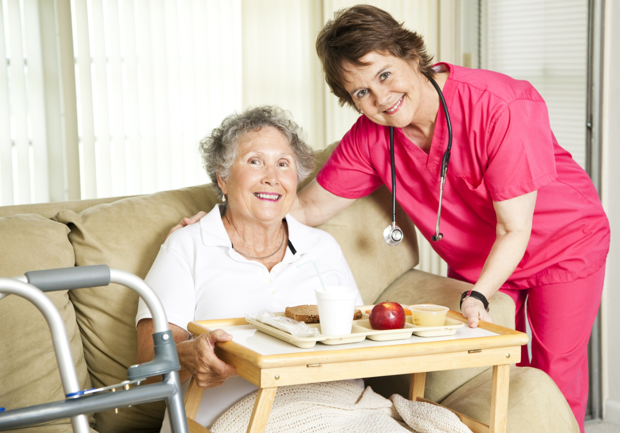 Transitioning to a Nursing Home: Tips & Amenities for a ...